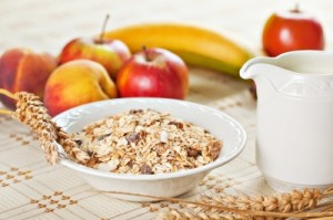 bowl-of-muesli-for-breakfast